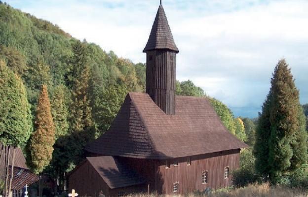 Prace renowacyjne w kościele w Zalesiu