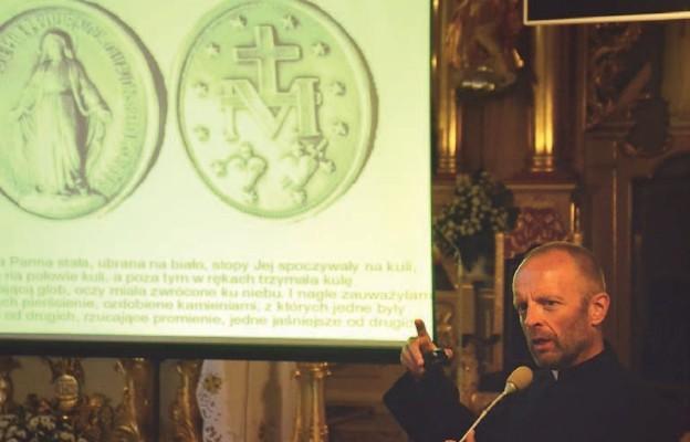 Objawienia Maryi i unijna flaga