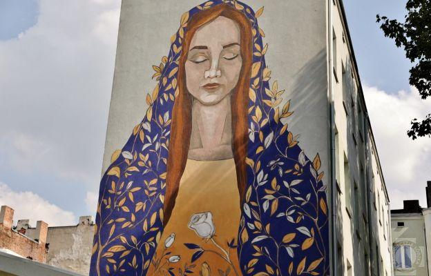 Lodz Maryjny Mural Na Scianie Kamienicy Prezent Na Urodziny Matki
