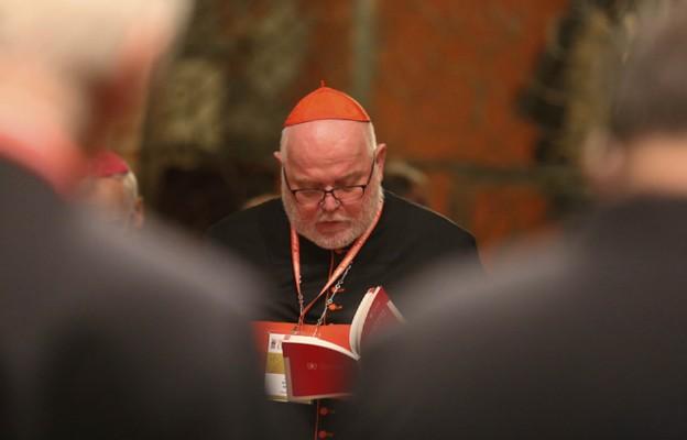 Papież nie przyjął rezygnacji kard. Marxa