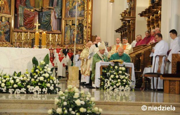 Liturgiczne wprowadzenie na urząd proboszcza archikatedry częstochowskiej