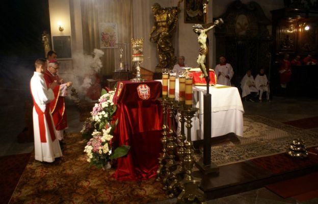 Św. Stanisław i św. Dorota  chronią Wrocław przed kataklizmami