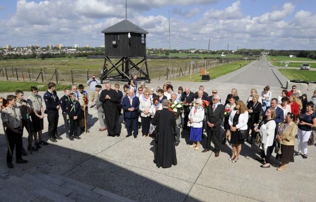 Modlitwa na Majdanku