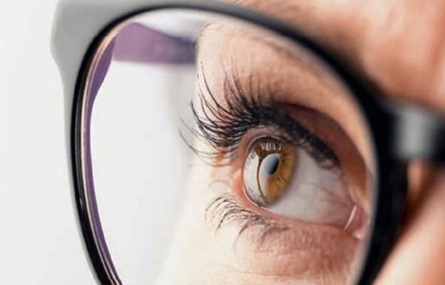 Szafran chroni oczy