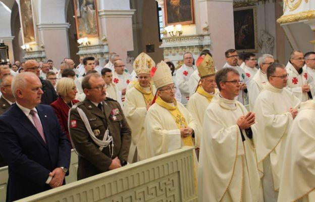 Uroczystej inauguracji przewodniczył bp Tadeusz Lityński