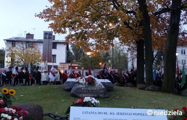 Uroczystości przy grobie bł. ks. Jerzego Popiełuszki