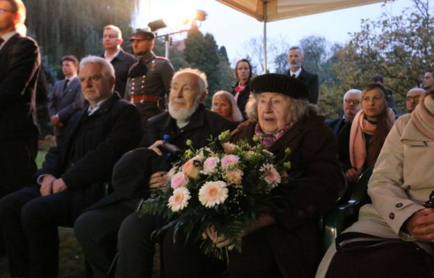 W uroczystości udział wzięła córka Stefana Teligi - Zofia Teliga Mertens