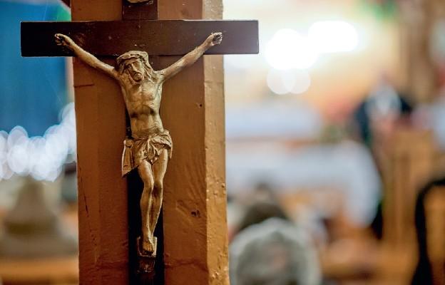 """""""Jezus, chcąc zdobyć człowieka, oddał wszystko, co miał: pozbawił się bóstwa i poświęcił się aż do śmierci krzyżowej"""""""