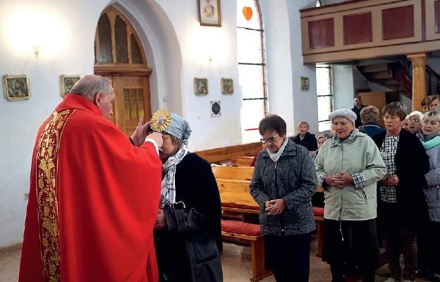 Parafia pw. św. Antoniego w Mostkowie