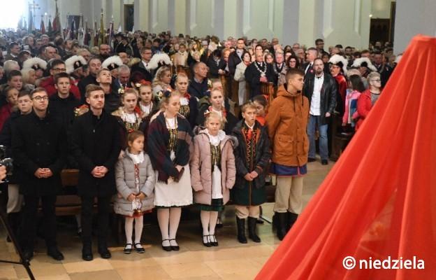 Uroczystości 11 listopada w katedrze w Częstochowie