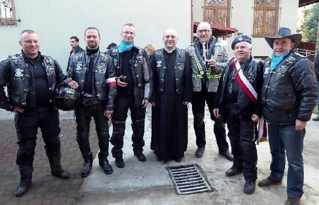Motocyklowa husaria uczciła niepodległość