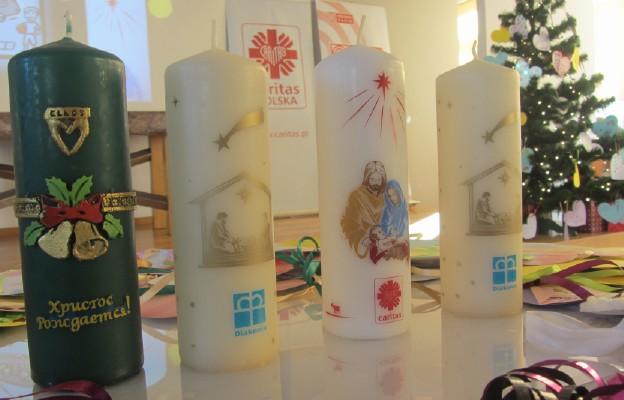 Caritas bielsko-żywiecka rozprowadzi około 93 tys. świec Wigilijnego Dzieła Pomocy Dzieciom