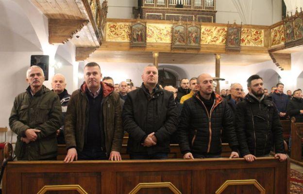 W czuwaniu uczestniczyło kilkudziesięciu mężczyzn z naszej diecezji, ale nie tylko