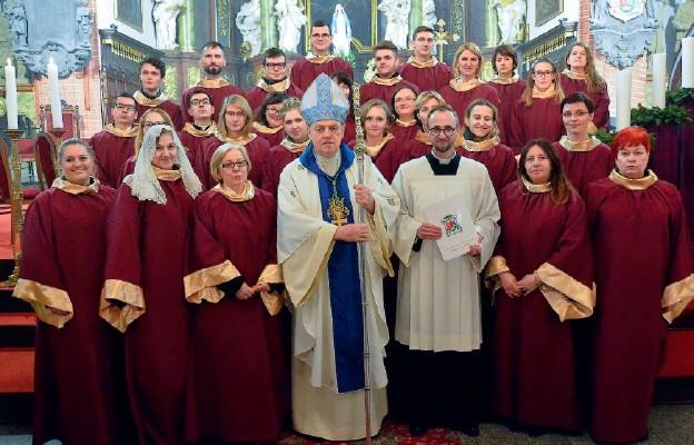 Chór katedry legnickiej rozpoczął swoją działalność