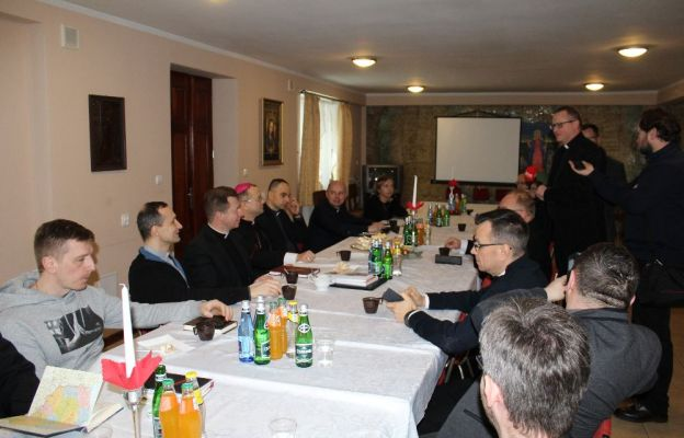 Ks. Paweł Rytel - Andrianik spotkał się z księżmi, osobami prowadzącymi parafialne strony internetowe, profile facebookowe i twitterowe oraz przedstawicielami mediów diecezjalnych