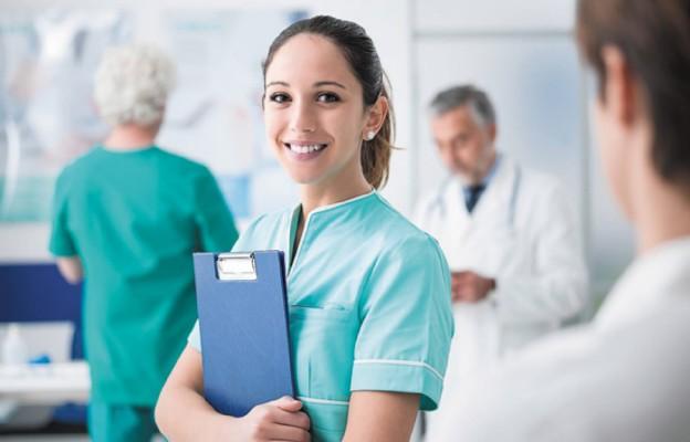 Studenci pielęgniarstwa rozpoczną naukę od najbliższego letniego semestru