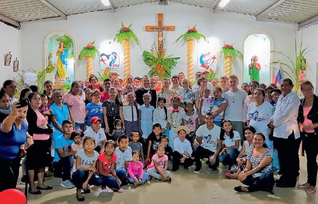 Młodzież została miło powitana przez mieszkańców Panamy