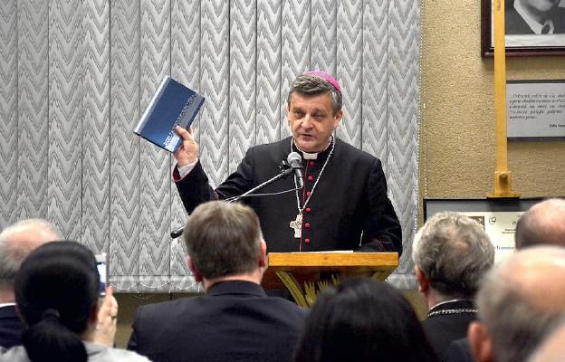 Ksiądz Biskup mówi o Machabeuszach
