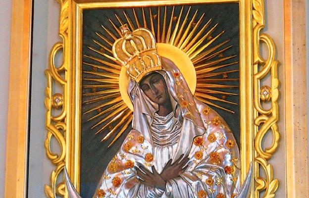 Kult Matki Bożej Miłosierdzia z kościoła parafialnego w Niechorzu
