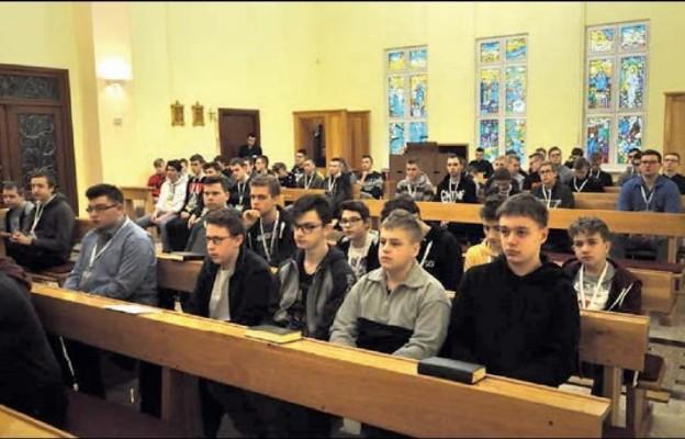 Rekolekcje dla młodzieży męskiej w świdnickim Seminarium Duchownym