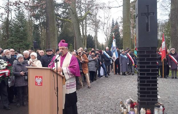 Hołd pamięci ofiarom ukraińskich nacjonalistów w Szczecinie