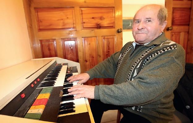 Multiinstrumentalista zMuchoboru Małego