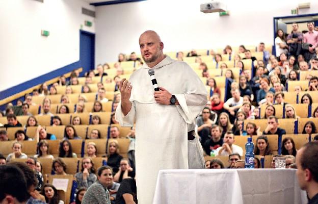 Ewangelizują na warszawskich uczelniach