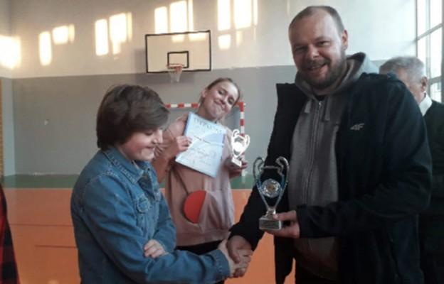 Wręczanie nagród laureatom