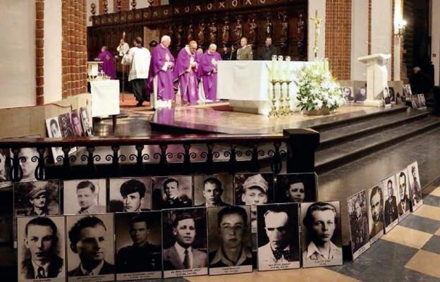 Warszawa uczciła bohaterów