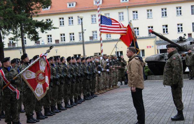 Powitanie Prezydenta RP Andrzeja Dudy na tzw. Skwerze Czołgisty w Żaganiu