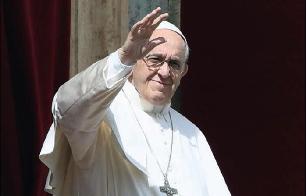 Pontyfikat, który wciąż zaskakuje
