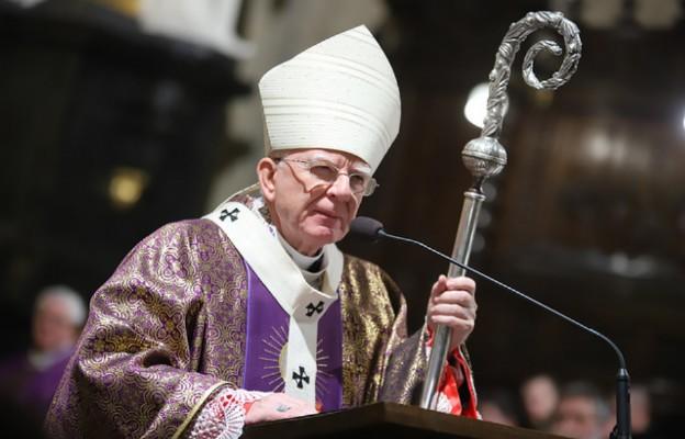 """Abp Jędraszewski: """"Bóg – honor – Ojczyzna"""" - bez tych świętych słów nie ma Polski"""