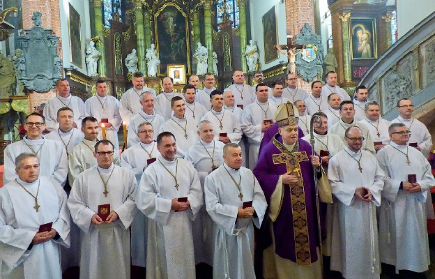 Nowi nadzwyczajni szafarze Komunii św. w diecezji