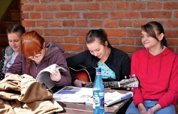 Młodzi szukają Boga
