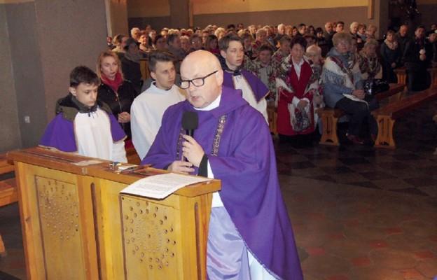 795 lat parafii Sączów