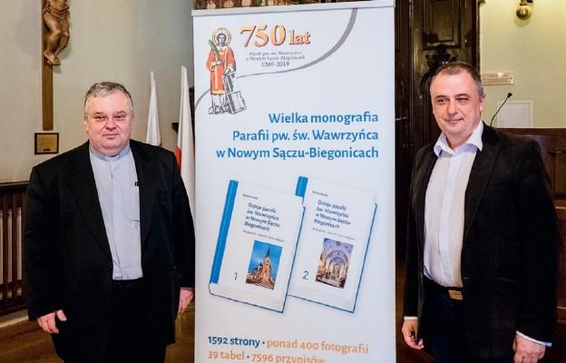 750 lat parafii na kartach historii i książki