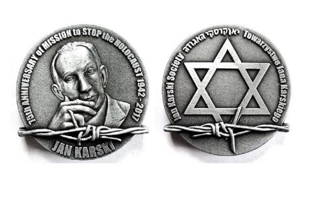 Medal 75-lecia misji Jana Karskiego projektu znanego artysty-plastyka Janusza Kapusty z Nowego Jorku wykonany przez równie znanego polskiego artystę-medaliera Wiesława Kuleja.