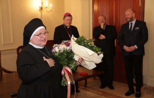"s. Ewa Jędrzejak, boromeuszka, prezes Fundacji ""Evangelium Vitae"""