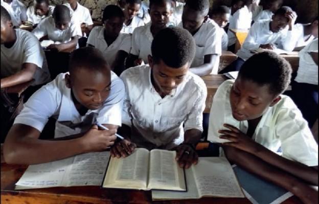 Biblia w suahili