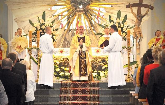 Powołania kapłańskie troską wszystkich wierzących