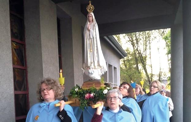 Wynagradzając sercu Maryi