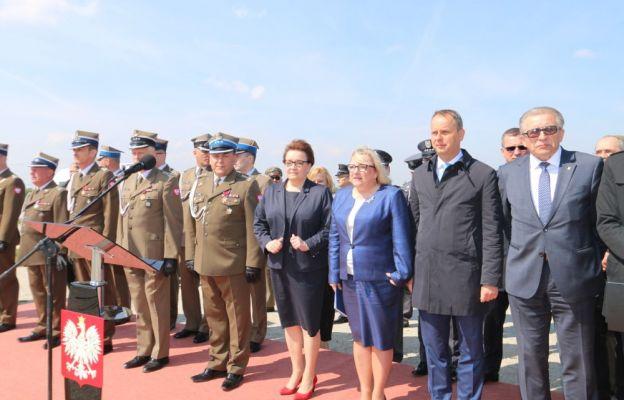 W uroczystości udział wzięły: minister Anna Zalewska i minister Beata Kempa