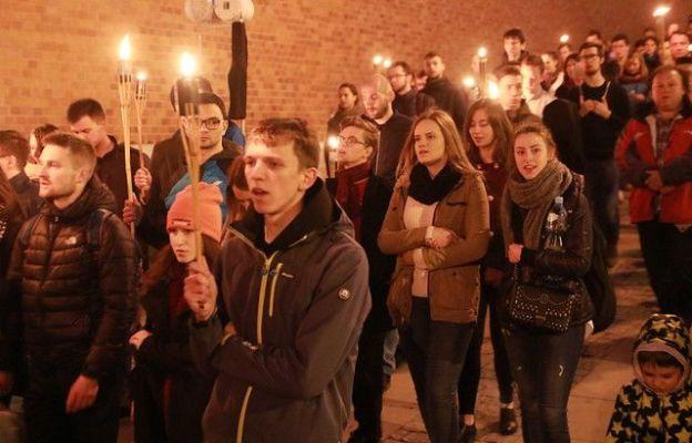 Kraków: Akademicka Droga Światła z arcybiskupem