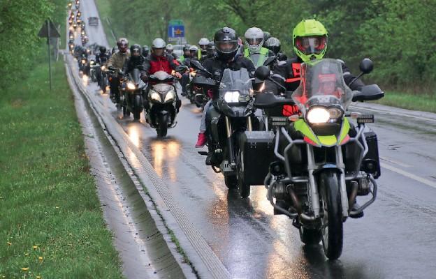 Motocykliści pielgrzymowali na Górę św. Anny