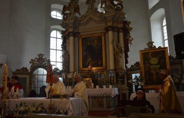 Msza św. na powitanie obrazu w kościele w Starosiedlu