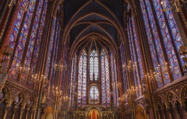 Zatrważające statystyki. We Francji od początku roku spłonęło już 9 katolickich świątyń
