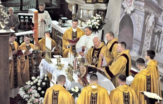 Kapłaństwo to świętość