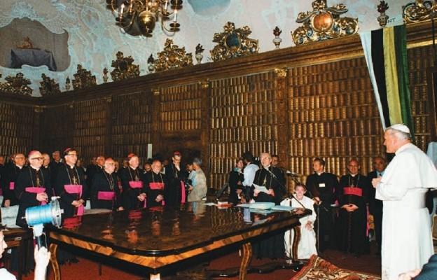 Podczas Konferencji Plenarnej Episkopatu Polski, Biblioteka Jasnogórska, 5 czerwca