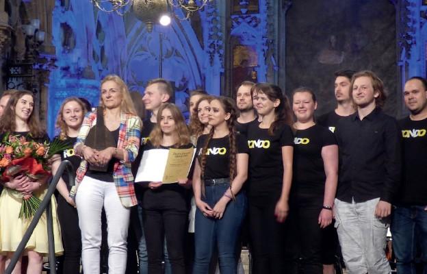 Korowód prowadziła Reprezentacyjna Orkiestra Elektrowni Turów