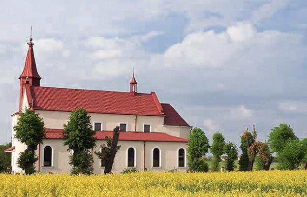 Kościół parafialny wzniesiony dzięki ofiarności mieszkańców Lipska